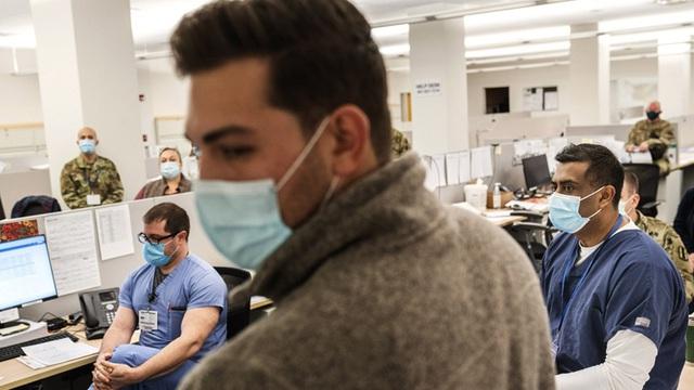 Bên trong bệnh viện dã chiến hiện đại của Mỹ