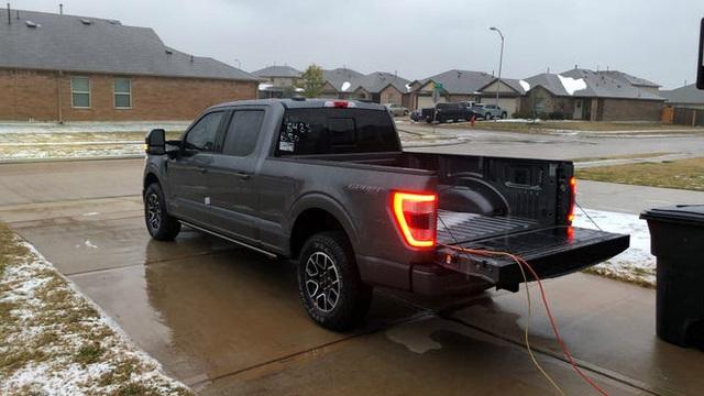 Mẫu xe của Ford bất ngờ nổi tiếng toàn cầu sau thảm họa mất điện tại Texas
