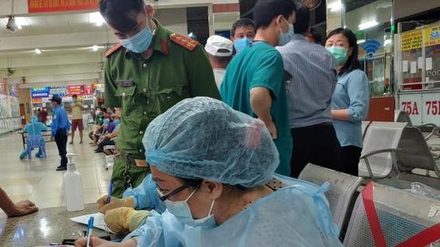 Từ ca bệnh COVID-19 mới ở Hải Phòng: BS Trương Hữu Khanh chia sẻ 3 địa điểm có nguy cơ lây nhiễm cao nhất