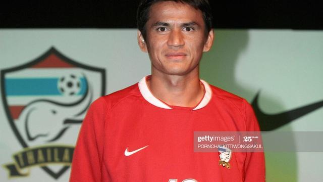 Kiatisuk được trang tin châu Âu vinh danh, Việt Nam vắng bóng ở đội hình xuất sắc nhất ĐNÁ