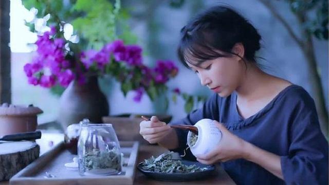 'Tiên nữ đồng quê' Lý Tử Thất lập kỷ lục Guinness với loạt video 'cổ phong mỹ thực'