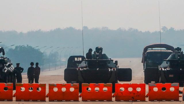 """Cuộc chiến ngầm sau chính biến Myanmar: Trung Quốc có thừa lúc """"nước đục thả câu""""?"""