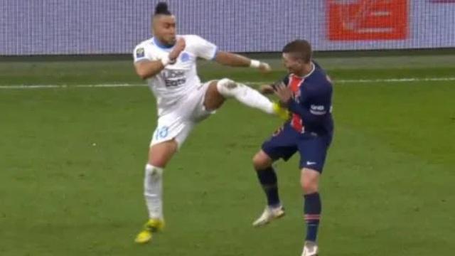 Nóng như derby nước Pháp: Sao sáng nhất Marseille tung cú kungfu khiến đối thủ ôm sườn, tập tễnh đi bộ suốt những phút còn lại