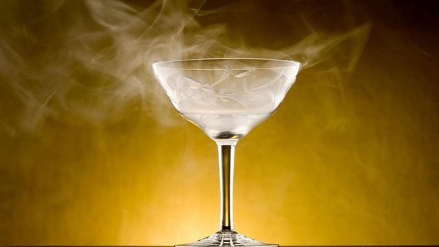 """Ly cocktail này ẩn chứa """"tử thần vô hình"""": Đáng sợ đến nỗi """"bậc thầy pha chế"""" phải ra lời khuyên"""
