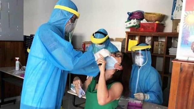 Từ vụ ở sân bay Tân Sơn Nhất: Virus SARS-CoV-2 có lây qua hành lý ký gửi?