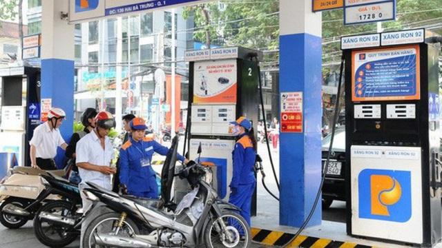 Ngày mai, giá xăng dầu tiếp tục tăng mạnh?