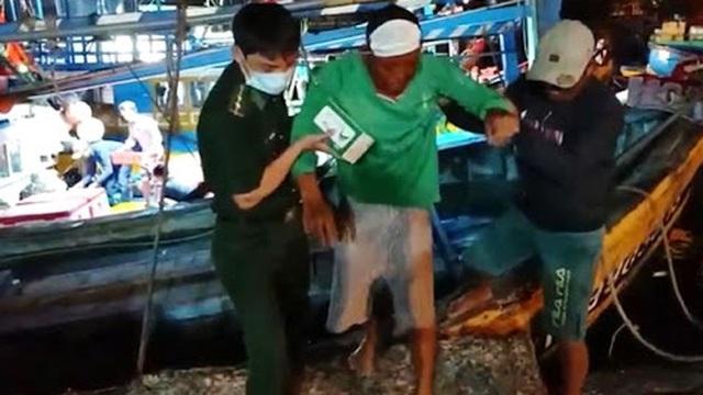 Vụ tàu cá bị chìm trên biển: Đã tìm thấy 4 thi thể, 1 người còn mất tích