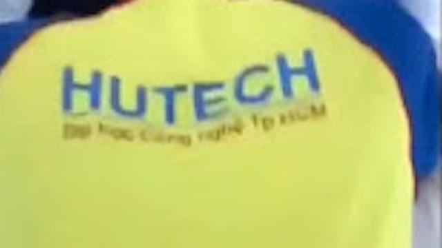 """Đồng phục xuất hiện trong """"phim nóng"""", trường ĐH Công nghệ TP.HCM đề nghị công an điều tra"""