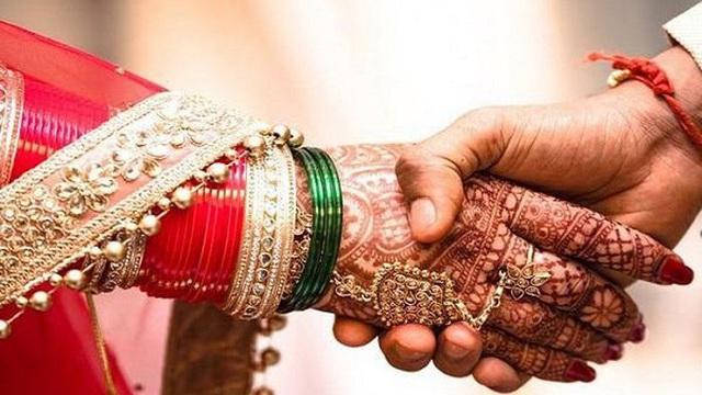 Chú rể nằng nặc đòi kết hôn rồi bỏ trốn ngay ngày cưới, nguyên nhân phía sau gây phẫn nộ
