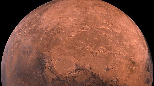 Các nhà khoa học cho biết nước trên Sao Hỏa có thể không biến mất, nó chỉ bị ẩn dưới lớp đá trên bề mặt