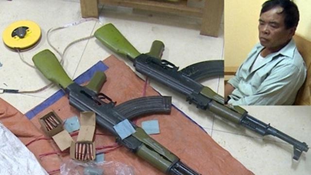 Mang 2 khẩu súng AK cùng 50 viên đạn bán kiếm lời