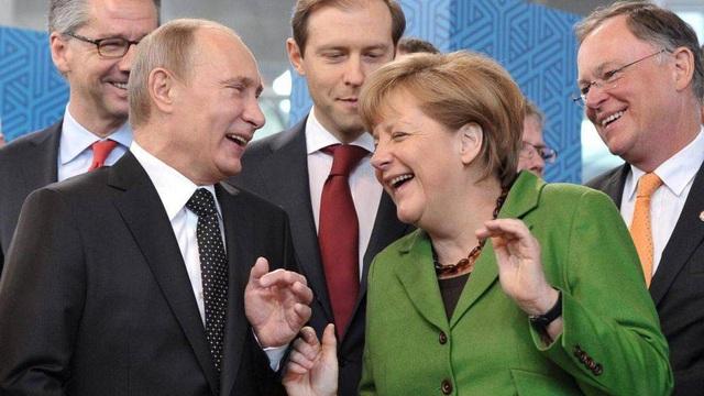 """Đồng minh tề tựu, Ngoại trưởng Mỹ thẳng thừng """"nắn gân"""" đồng cấp Đức, dọa trừng phạt Nord Stream 2"""