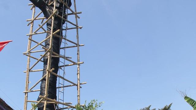 Cả làng góp tiền cứu 'cụ gạo' hơn 200 tuổi ở xứ Nghệ