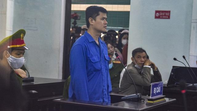 Tuyên phạt bác sĩ hiếp dâm nữ điều dưỡng 6 năm 8 tháng tù