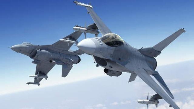 """F-36 Kingsnake sẽ là máy bay chiến đấu """"độc nhất vô nhị"""" của Mỹ trong tương lai?"""