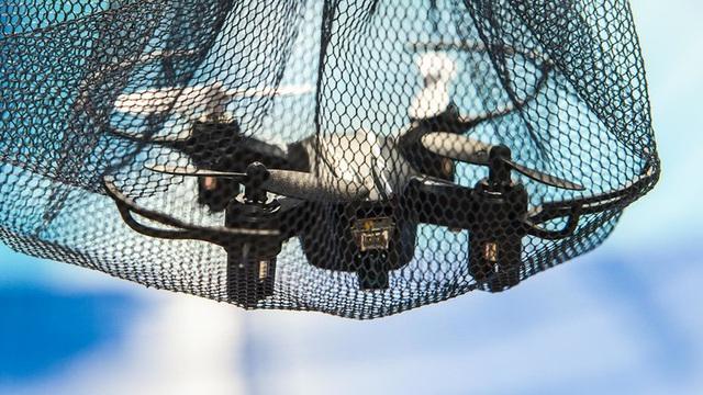 """Nga phát triển loại tên lửa """"độc nhất vô nhị"""": Bung lưới tóm sống UAV kẻ thù!"""
