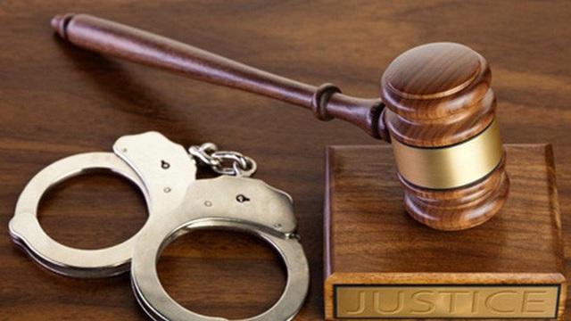 Nguyên Chánh thanh tra Sở Tài chính TPHCM bị khởi tố