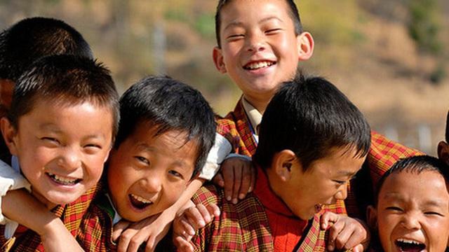 """Những điều độc nhất vô nhị ở """"Vương quốc hạnh phúc"""" Bhutan: Không smartphone, không thuốc lá và không GDP"""