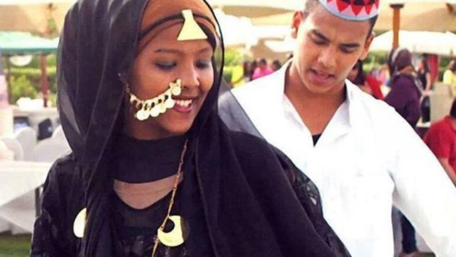 Tục lệ Nubia: Cô dâu, chú rể tắm nước sông Nile đêm tân hôn để cầu may