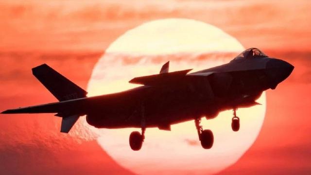 Điểm yếu lớn của tiêm kích tàng hình J-20 Trung Quốc