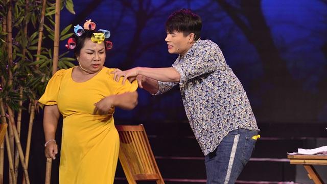 Diễn viên quần chúng showbiz Việt: Bị đánh và ăn chặn tiền cát-xê