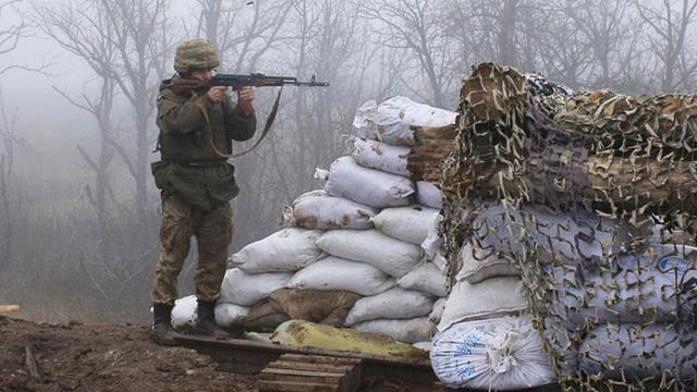 Binh sỹ Ukraine thiệt mạng, căng thẳng ở Donbass tiếp tục leo thang