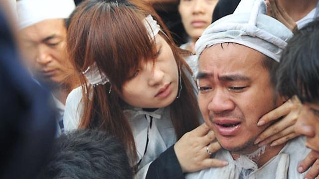 Bố ruột nổi tiếng của Hiếu Hiền qua đời, Cát Phượng và nhiều nghệ sĩ xót xa đau buồn