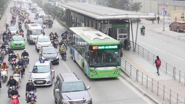 Vỡ trận buýt nhanh sau 4 năm vận hành