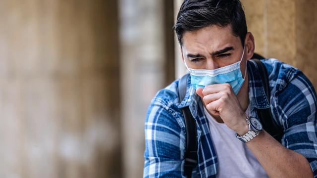 Từ ung thư đến bệnh gan: 10 dấu hiệu cảnh báo bệnh cần gặp bác sĩ ngay