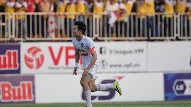 HAGL 1-0 Hà Nội FC: Xuân Trường ghi bàn đưa HAGL đến chiến thắng