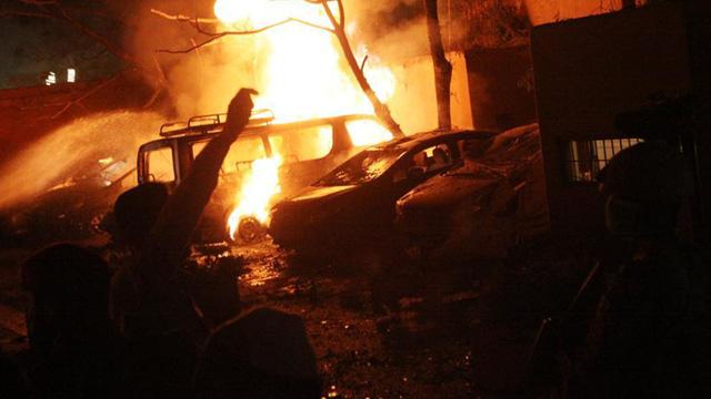 Tình tiết Đại sứ Trung Quốc suýt hứng vụ đánh bom kinh hoàng, thoát nạn trong gang tấc