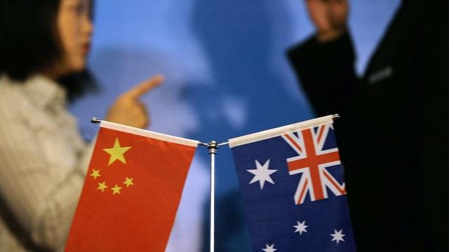 """Úc hủy thỏa thuận, TQ mỉa mai là """"phụ tá bé nhỏ"""" của Mỹ, cảnh báo trả đũa khiến Úc tê liệt"""