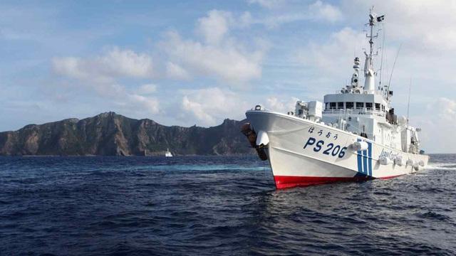 """Asia Nikkei: Trung Quốc có kế hoạch """"điều 20.000 người đổ bộ Senkaku/Điếu Ngư"""", Nhật Bản lo sốt vó"""