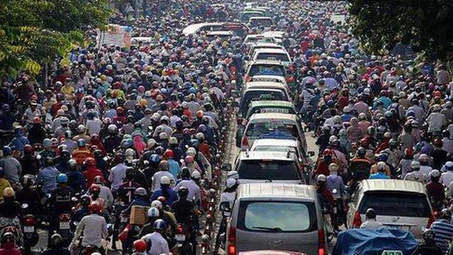 Chuyên gia giao thông Pháp: 10,5 triệu dân tại Hà Nội là lợi thế để nâng cấp hệ thống giao thông công cộng