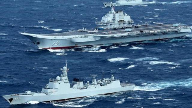 Tàu sân bay TQ để lộ điểm yếu khi ra khơi tập trận gần Đài Loan?