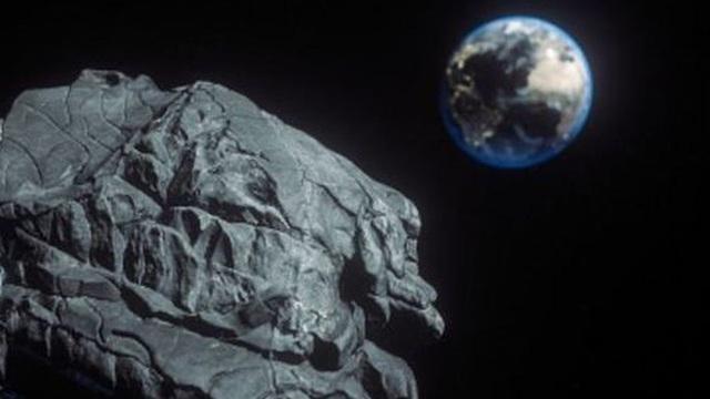 Tiểu hành tinh to bằng ba 3 chú khủng long đang phóng tới Trái đất với tốc độ 36.000 MPH