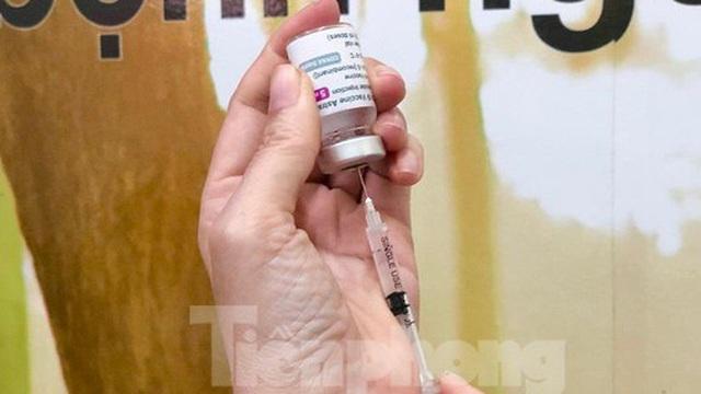 Quảng Ngãi ghi nhận 8 trường hợp phản ứng phản vệ sau khi tiêm vắc xin COVID-19