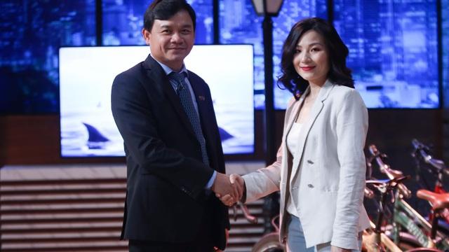 """Shark Phú chốt đầu tư vì nhan sắc của nữ CEO: """"Gameshow không phải phòng ngủ của các Shark"""""""