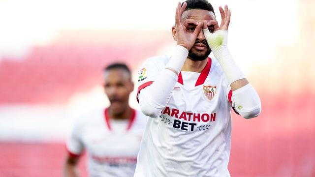 Thắng tối thiểu Valencia, Sevilla tiếp tục nuôi mộng vô địch