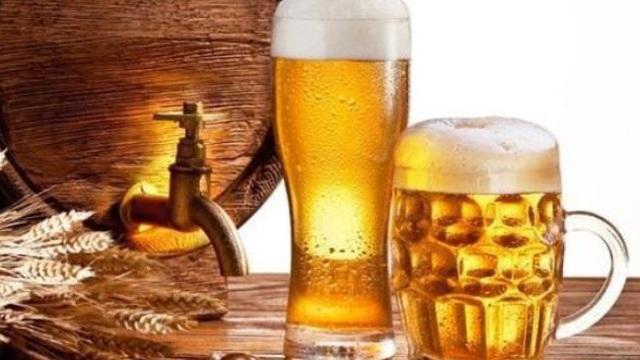 Có bao nhiêu bong bóng trong một cốc bia? Bong bóng trong bia có tác dụng gì?