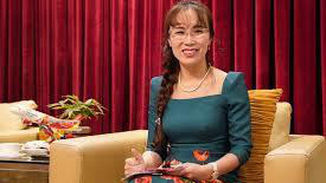 Bà Nguyễn Thị Phương Thảo rơi mất vị trí top 5 người giàu, vua hàng tiêu dùng trở lại