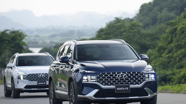 Hyundai Santa Fe 2021 chính thức ra mắt tại Việt Nam, giá từ 1,03 đến 1,34 tỷ đồng