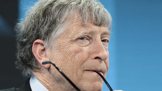 Bloomberg: Bill Gates bị buộc phải rời Microsoft vì có quan hệ thân mật với 1 nhân viên nữ trong nhiều năm?