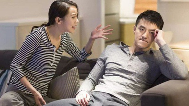 Chỉ thẳng mặt mắng chồng là kẻ ăn bám, người vợ bật khóc sau khi nghe con gái tiết lộ 1 sự thật
