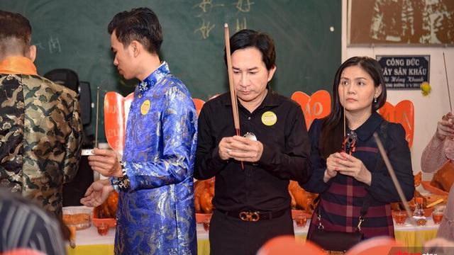Kim Tử Long: Khán giả cho tôi vật chất, nhà cửa, cuộc sống ấm no
