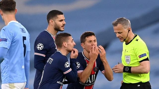 Dàn sao PSG đồng loạt tố trọng tài chửi cầu thủ