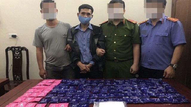 Nghệ An bắt 2 đối tượng buôn ma túy có vũ khí