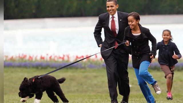 """Ông Obama thông báo sự ra đi của """"ngôi sao Nhà Trắng"""""""
