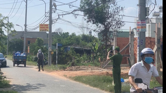 Phát hiện mẹ cùng con gái 2 tuổi tử vong trong phòng trọ ở Sài Gòn
