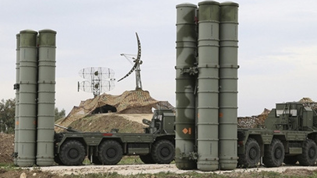 Xoa dịu Mỹ, Thổ Nhĩ Kỳ gửi trả chuyên gia S-400 Nga về nước